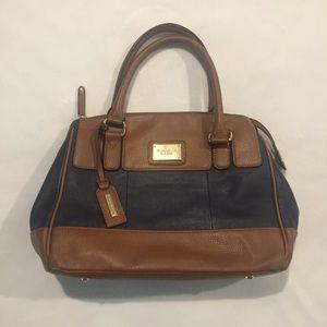 Tignanello Purse Handbag Neutral Pockets Like New